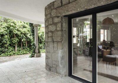 Reforma integral de chalet en Pozuelo porche exterior