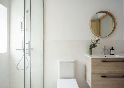Reforma integral de chalet en Pozuelo baño invitados