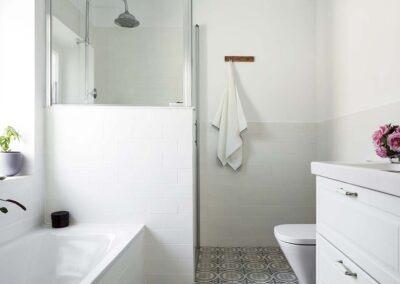 Reforma integral de chalet en Pozuelo bañera y ducha