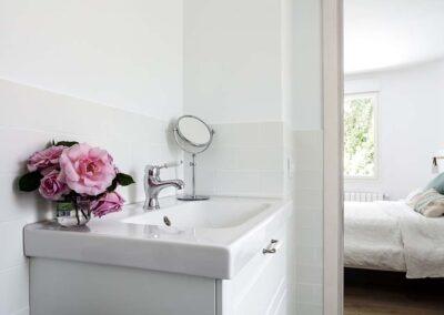 Reforma integral de chalet en Pozuelo baño en suite